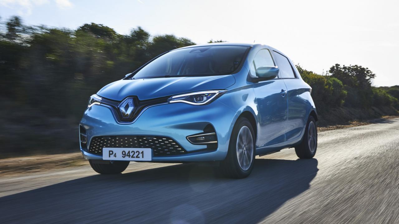 Renault sales tumble, but the year will likely close as expected